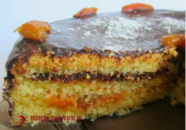 Торт с абрикосами и шоколадной глазурью