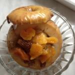 Десерт из яблок и сухофруктов