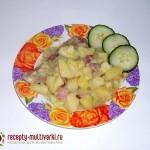 Тушеный картофель с копчеными ребрышками