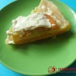 Овощной пирог с чесночным кремом