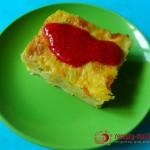 Пудинг из тыквы с малиновым соусом